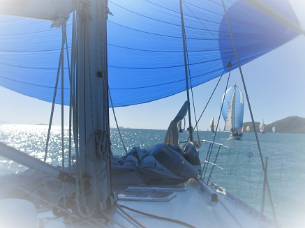 Learn to sail - Sailing Course 5 'Spinnaker essentials'